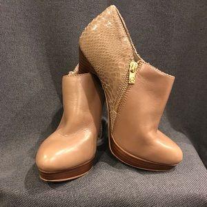 MICHAEL Michael Kors boots 7.5